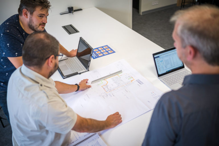 Travail en équipe - compétences techniques et expertise